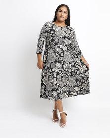 Queenspark Plus Monotone Floral Knit Dress Black