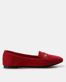 Queue Suede Moccasin Pumps Red