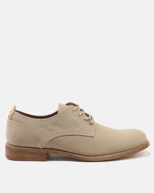 Call It Spring Eowan Lace-Up Shoes Beige