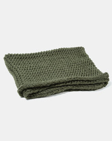 Tassels and Treasures Super Chunky Knit Throw Green