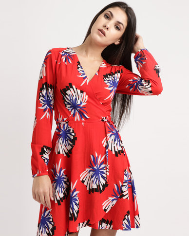 Liquorish Printed Floral Mini Dress With Long Sleeves Red