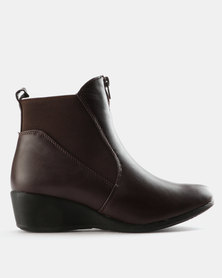 Carlo Bossi Gusset Wedge Boots Choc