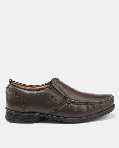 Step On Airs Caden Slip On Brown