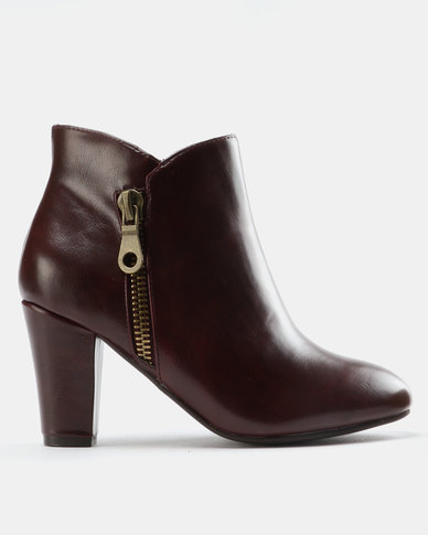 FRANCO CECCATO ANKLE BOOT WITH ZIP DETAIL