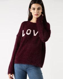 Legit Fluffy Pullova With Love Slogan Burgundy