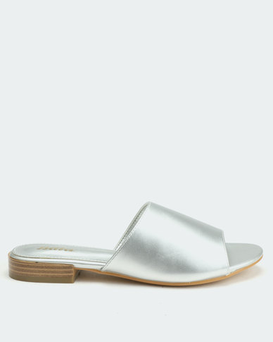 Bata Ladies Metallic Flat Sandals Pewter