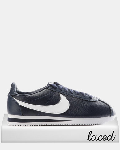 low priced 4dc27 9b1e1 Nike Classic Cortez Leather Sneakers Midnight Navy/White