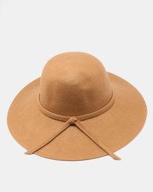 Unseen Daisy Wool Hat Camel