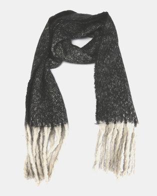 Lily & Rose Medium Knit Grey Scarf