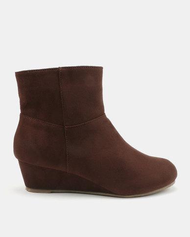 Bata Wedge Dress Heel Boots Brown