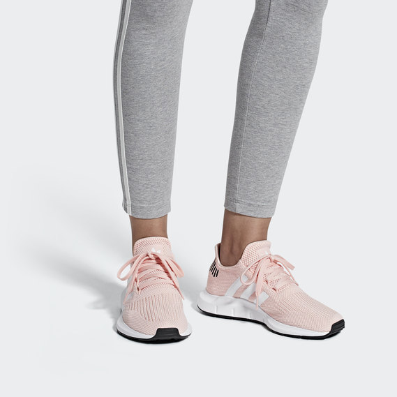Swift Run Shoes   adidas