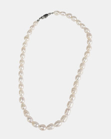 Lily & Rose Fresh Water Pearl Necklace White