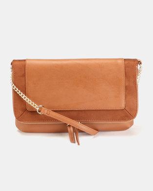 15f3cd242b9473 New Look Brandy Plain Crossbody Bag Tan
