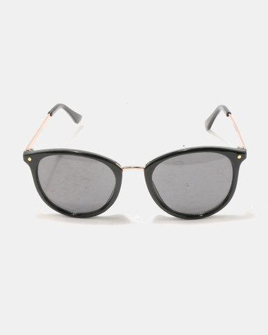 New Look Poppy Sunglasses Black