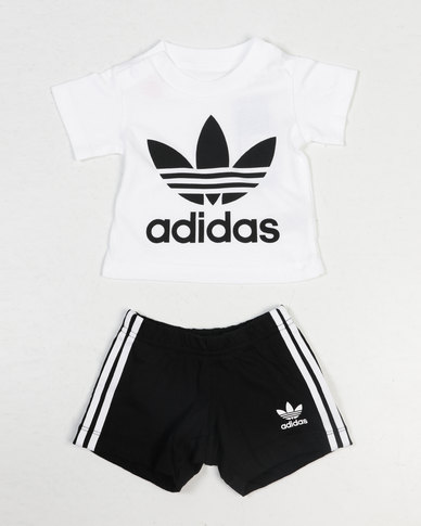 3818c1a93722 adidas Originals Baby I Trefoil Shorts Set Black