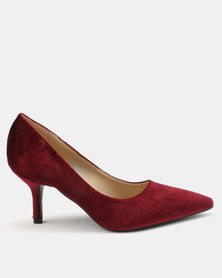 Queue Pointy Embossed Courts Burgundy