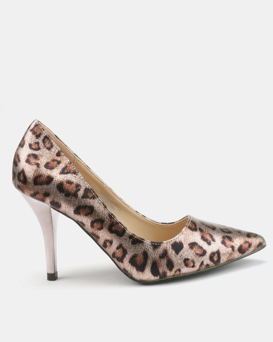 Wild Alice by Queue Animal Print Courts
