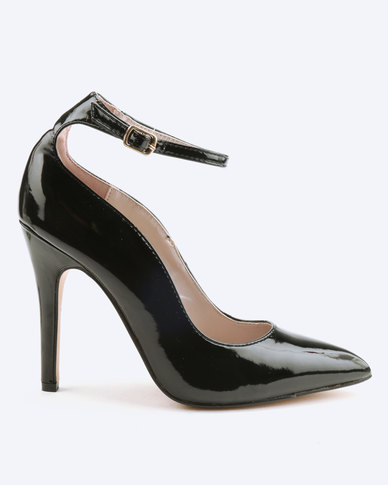 Sissy Boy Scallop Ankle Strap Court Heels Black