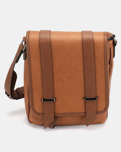 Call It Spring Clia Bag Cognac
