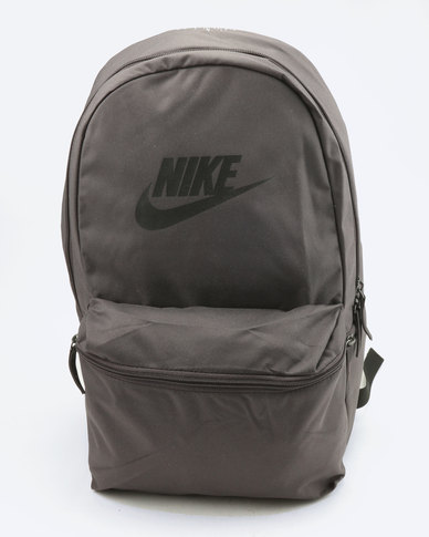 5d0ff5e4cf3b Nike Heritage Backpack Thunder Grey Black