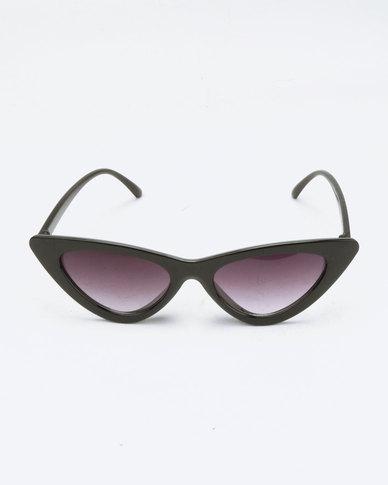33fd6282a6c You   I Extreme Cat Eye Sunglasses Black