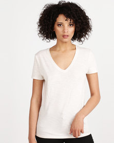 New Look Organic Cotton V Neck T-Shirt Cream