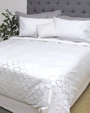 Sheraton Benji Duvet Cover Set White
