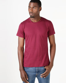 Fittees Clothing Fitted Tee Berry