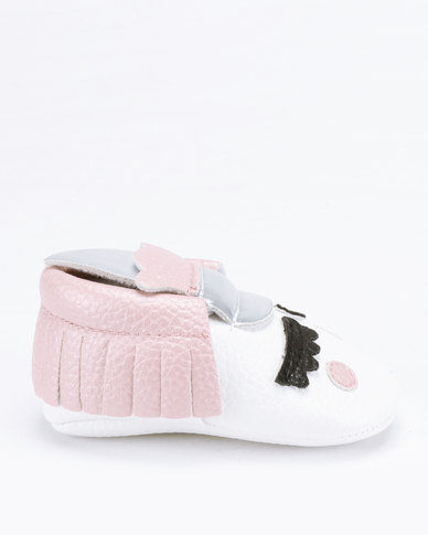 e9270cc88fbe Bugsy Boo Unicorn Shoes White Pink