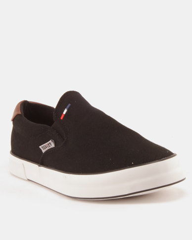 Soviet Clipper Canvas Slip Ons Black