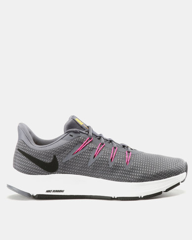 new style 62ec0 b0f78 Nike Performance Womens Nike Quest 1.5 Sneakers Light Carbon Black   Zando