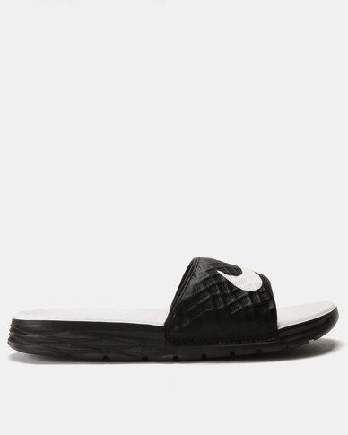 d77e046ea6a6 Nike Womens Benassi Solarsoft Sandals Black White