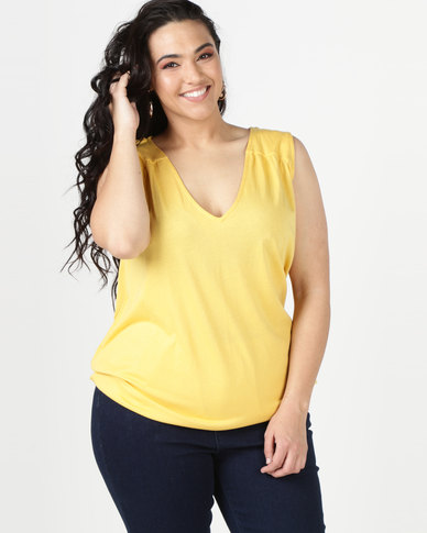 New Look Curves V Neck Bubble Hem Vest  Yellow