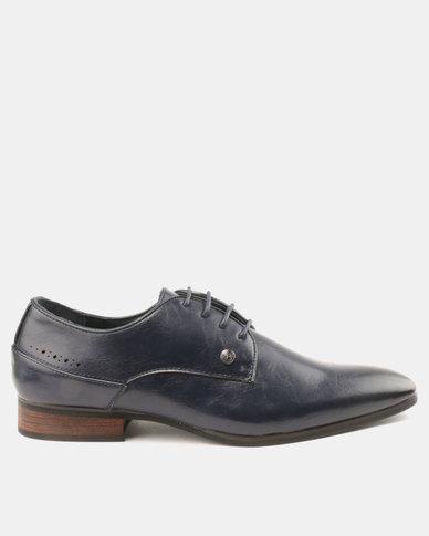 Mazerata Magio 28 Lea Shoes Navy  daf34b55069