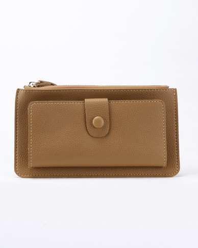 Joy Collectables Simple Wristlet Tan