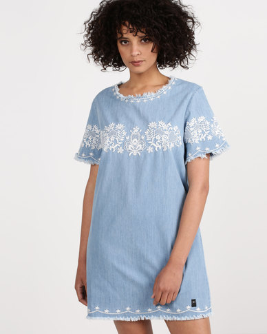 Crave Denim Dress With White Print Light Wash