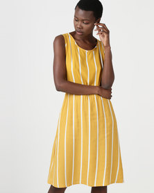 non-european® Resort Dress Daffodil Stripe