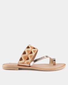 Queue Leather Toe Post Sandals With Printed Detail Gold