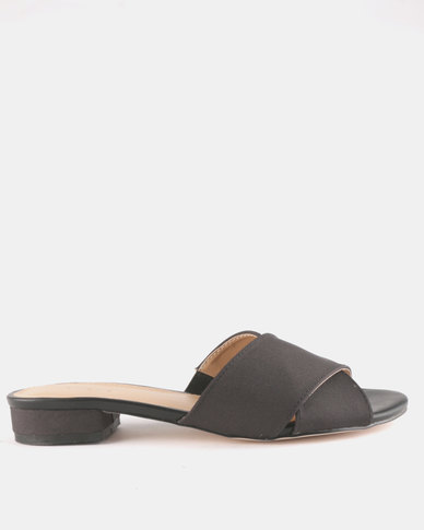 Queue Cross Over Mules On Small Heels Rose Black