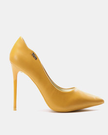 PLUM Court Heels Yellow