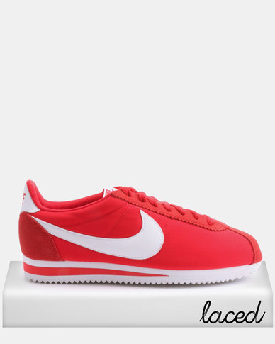 sneakers for cheap 44c94 fee58 Nike Classic Cortez Nylon Sneakers Red/White