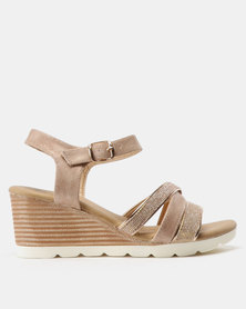 Butterfly Feet Courtney Strappy Wedge Salmon