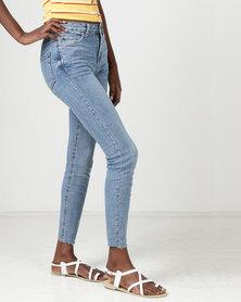 New Look Raw Cropped Hem Skinny Jenna Jeans  Pale Blue
