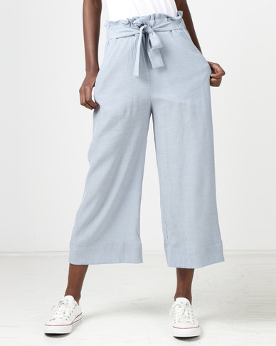 New Look Crepe Tie Waist Cropped Trousers Pale Blue