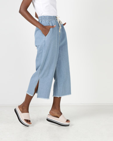 Utopia Cropped Wide Leg Pull On Jeans Light Wash