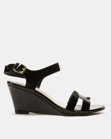 Solle Patent Wedges Black