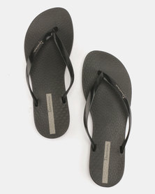 Ipanema Wave Flip Flops Black