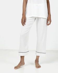 Poppy Divine Plain Rayon 3/4 Pants Ivory With Navy Piping