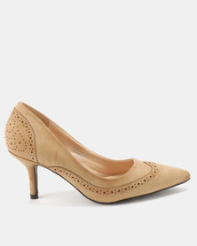 Queue Brogue Court With Medium Heels Nude