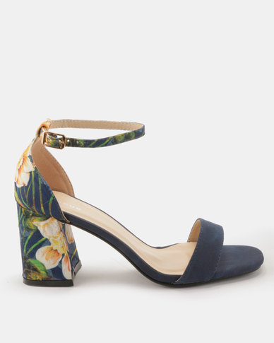 Queue Closed Back Sandal With Flared Heels Navy Multi